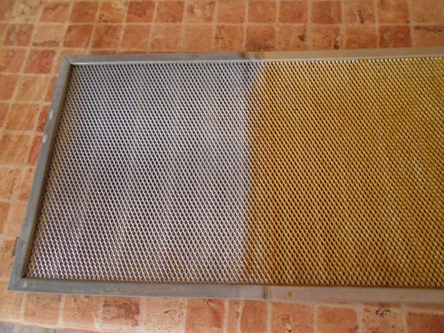 чистка фильтра кухонной вытяжки